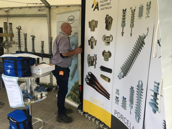 Steve Robertson sets up the stand