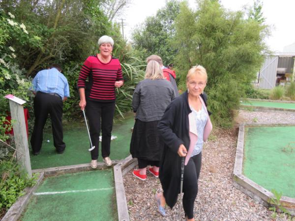 Leo (playing a shot), Bev, Chantelle, Ian and Angela
